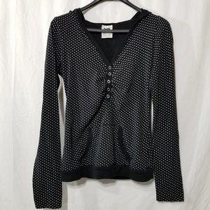Garage black & white polka dot pullover top